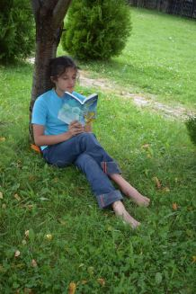 Saffi loves reading a good story on holiday